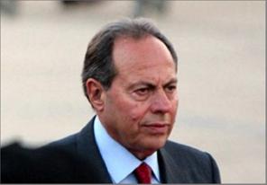 Photo of لحّود:  ما يسمّيه الحريري خرقاً دستورياً  حصل في عهد الهراوي مع موافقة والده
