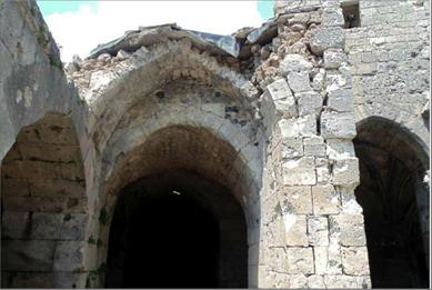 Photo of بدء ترميم مواقع أثرية عدة في قلعة الحصن