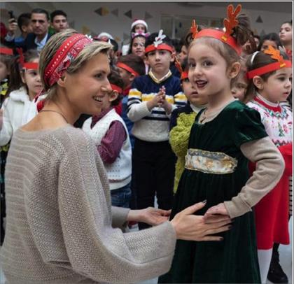 Photo of السيدة الأسد تشارك أطفال مدرسة «نظام للأرمن الأرثوذكس»  في بلدة المليحة فرحهم واحتفالهم