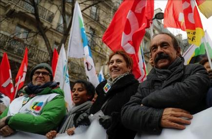 Photo of فرنسا: فوضى متوقعة في حركة النقل  اليوم وغداً إضرابات وتظاهرات