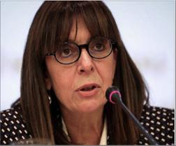 Photo of للمرة الأولى.. إمرأة تتولى منصب رئاسة الجمهورية اليونانية