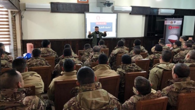 Photo of دورات تدريبية لأطباء الطوارئ والممرّضين 105 عسكريين من اللواء الثامِن في الجيش تخرّجوا من برنامج إنقاذي نظمته «رودز فور لايف»