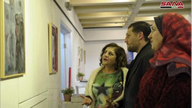 Photo of معرضٌ فرديٌ للتشكيلية سوسن حاج إبراهيم بعنوان «نغمات أنثويّة»