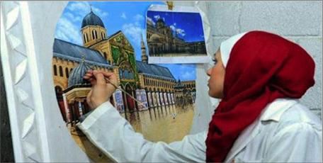 Photo of التشكيلية سمر عباسي… فنانة رقيقة تعكس لوحاتها هوية سورية