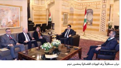Photo of اجتمع بالهيئات الرقابيّة والمجالس القضائيّة رئيس الحكومة: لمتابعة ملفات الفساد