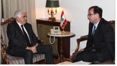 Photo of حتّي بحث وسفراء الأوضاع وسبل خروج لبنان من أزمته