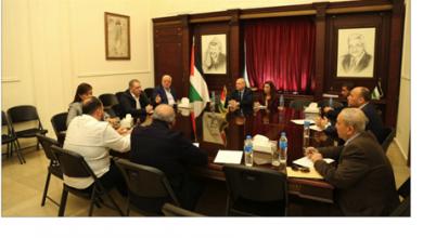 Photo of اجتماع فلسطيني مع «أونروا»  لمواجهة  «كورونا» في المخيمات