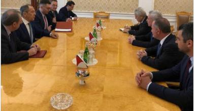 Photo of لقاءات مثمرة لفرنجية في موسكو لافروف: لعدم السماح للتدخلات الخارجية في شؤون لبنان الداخلية