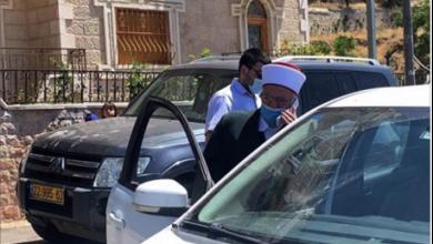 Photo of الاحتلال يُفرج عن الشيخ عكرمة صبري ويبعده عن المسجد أسبوعاً هنيّة: لن نمرّر أي محاولة اقتحام للأقصى
