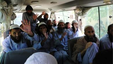 Photo of إطلاق سراح 900 طالبانيّ من السجون الأفغانيّة ودعوات إلى تمديد وقف النار..