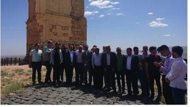 Photo of مرتضى يجول في الهرمل: مشكلة التصدير والترانزيت على الحدود الأردنيّة حلت