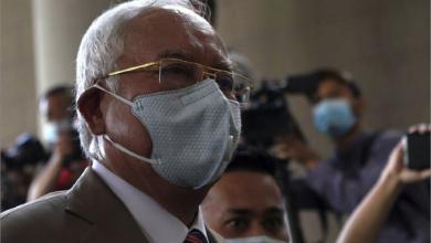 Photo of السجن 12 عاماً وغرامة بملايين  الدولارات لرئيس الوزراء الماليزيّ السابق..