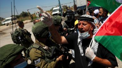Photo of «غانتس» يقول إن مليون عاطل عن العمل لا يأبهون بـ«الضم» رام الله قدمت مقترحًا باستئناف المفاوضات مع العدو!