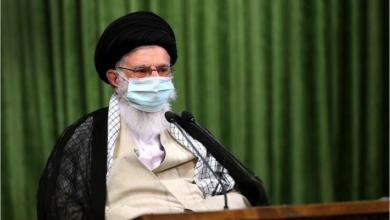Photo of خامنئي: قوة إيران وقدرتها الدفاعيّة ستمكنانها  من التغلّب على مشاكلها الاقتصاديّة