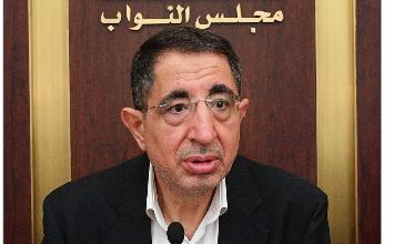 Photo of الحاج حسن: لجنة الإعلام رفعت توصية بتثبيت المتعاقدين مع الوزارة