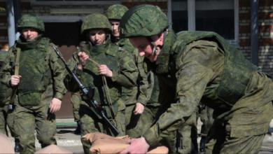 Photo of تفاصيل استشهاد الضابط الروسي وعدد من مقاتلي الدفاع الوطني بينهم قائد (مركز الميادين) في ريف دير الزور.