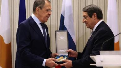 Photo of روسيا مستعدّة للتوسط بين قبرص وتركيا ونيقوسيا تمنح لافروف أرفع وسام