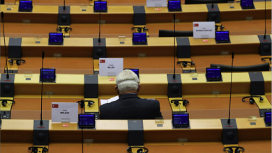 Photo of البرلمان الأوروبيّ يتوعّد تركيا بعقوبات جديدة وأنقرة تكشف سبب فشل مفاوضات السلام في قبرص