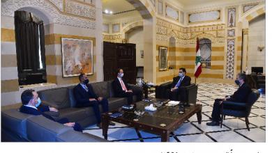 Photo of دياب بحث مع وزني و«ألفاريز»  التدقيق المالي