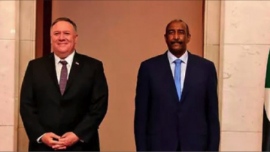 Photo of السودان يرضخ للإنذار الأميركي  ويقرر التطبيع مع الاحتلال الصهيونيّ
