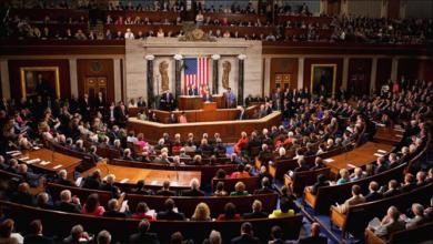 Photo of الديموقراطيّون يسيطرون على مجلس النواب الأميركيّ
