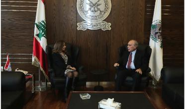 Photo of عكر التقت السفيرة الكندية ووفداً عراقياً ورحمة