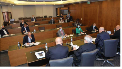 Photo of لجنة الصحة ناقشت مع كومار جاه الملف الصحي ومساعدات البنك الدولي