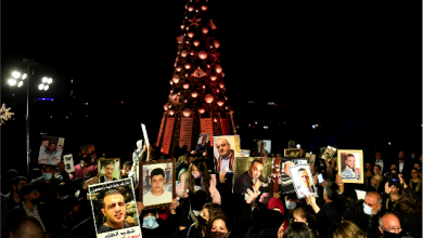 Photo of شجرة ميلاد تضيء نفق الحداد