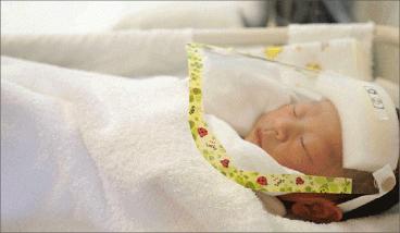 Photo of لأول مرة.. طفلة تحمل أجساماً مضادة لفيروس كورونا