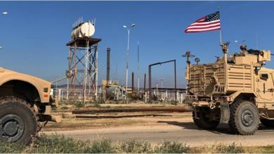 Photo of الاحتلال الأميركيّ يُخرج 300 صهريج وشاحنة  محمّلة بالنفط السوريّ والقمح المسروق إلى العراق