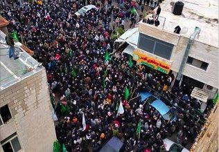 Photo of الاحتلال يعتقل 3 قيادات من حماس في الخليل… و«كوبر» تودّع أبو عاصف البرغوثي بجنازة مهيبة