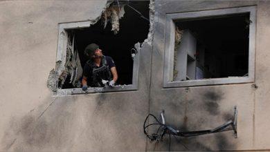 Photo of استشهاد قائدين من «الجهاد الإسلاميّ» وإصابة ثالث في غزة  «حماس» للعدو: لن «نتراجع عن معادلة القصف بالقصف»