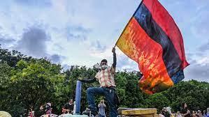 Photo of استمرار التظاهرات في كولومبيا والرئيس منقطع عن وضع البلد